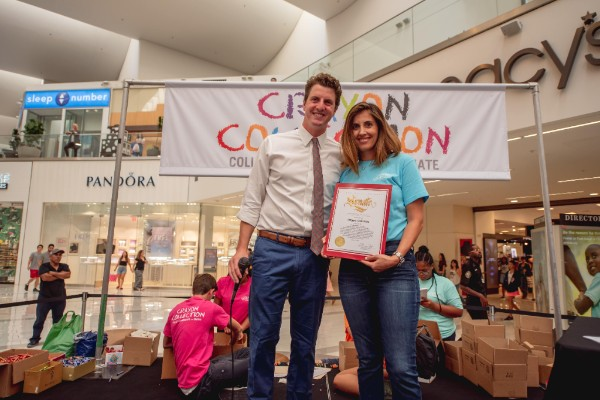 One Million Crayons for Los Angeles